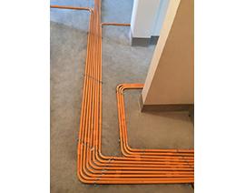 地面明排强电线管