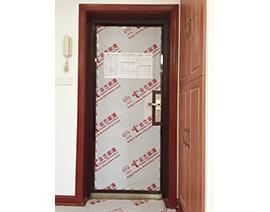 进户门贴膜保护