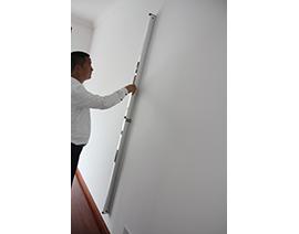 墙面纵向平整度检查