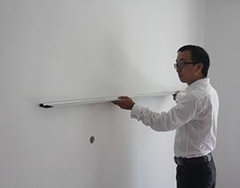 墙面横向平整度检查