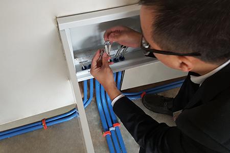弱电箱安装后检查