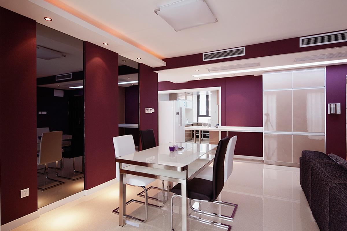 以色彩的高度凝练和造型的极度简洁,将空间进行合理精致的组合,描绘出最丰富动人的空间效果。