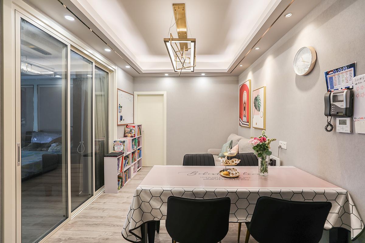 上中西路855弄中梅苑三室一厅现代轻奢风格